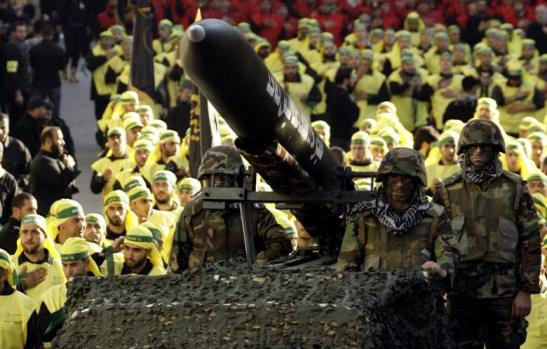 Hezbollah Fighters Destroy ISIL Base in Qalamoun